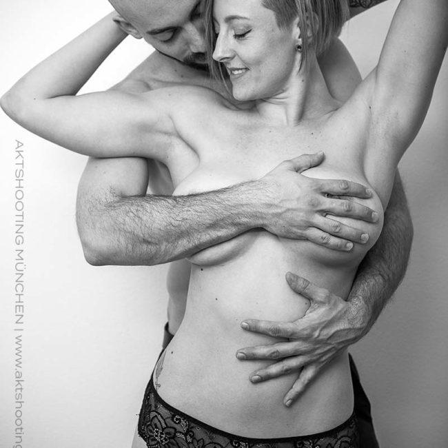 Erotische Paarfotos von Aktfotograf München